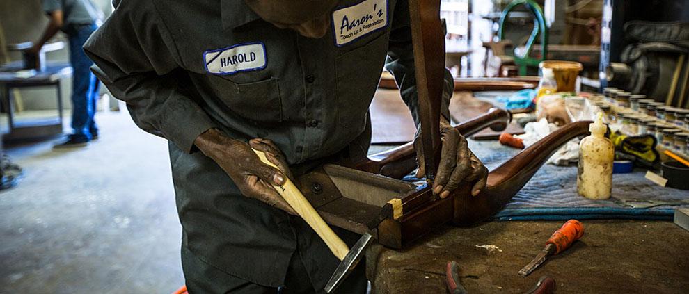 تعمیر انواع مبل در مشهد | مبل دوز