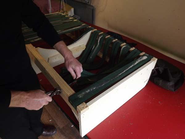 تعمیرات مبل راحتی در مشهد | مبل دوز